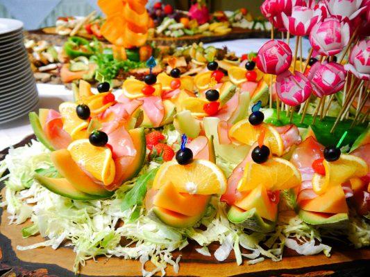 Hình ảnh buffet trái cây độc lạ