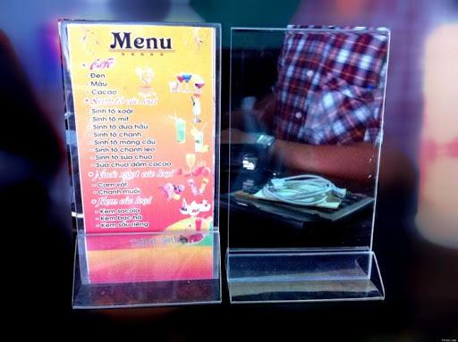 Khay menu mica thường được sử dụng ở đâu?