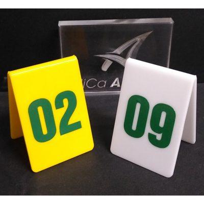 thẻ bàn mica đánh số bàn