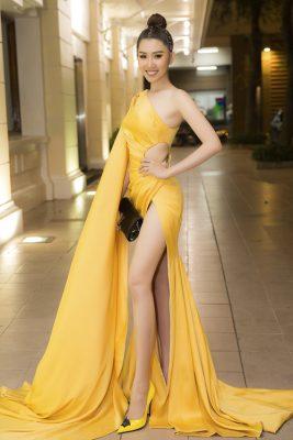 Đầm xẻ cao